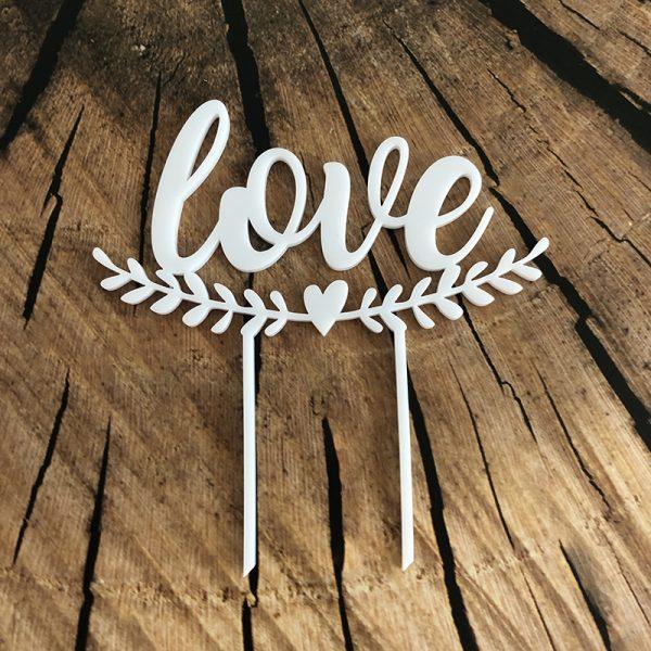 Plastová dekorácia LOVE s imelom a srdiečkom